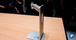 MSI затроллила <b>подставку</b> для <b>монитора</b> Apple за $1000