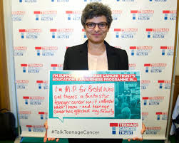 roger daltrey and jane sutton support our call for cancer policy