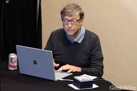 'Geekiest game in town': Bill Gates joins world's best bridge players ...