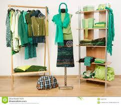 """Résultat de recherche d'images pour """"vêtements verts"""""""