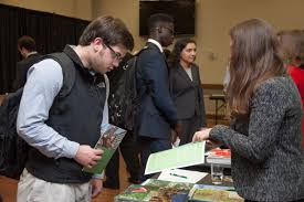 law school fair prelaw advising r held each attracts recruiters from law schools across the country providing students the opportunity to be introduced to a variety of