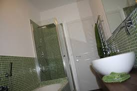 Pareti Beige E Verde : Piastrelle bagno beige e marrone carrelage salle de bain idee