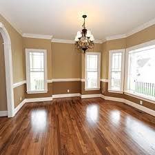 Painting Living Room Walls Two Colors 1000 Ideas About Two Tone Walls On Pinterest Two Tone Paint Two
