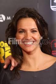 Ana Ruiz (n. Sevilla, 7 de junio de 1979) es una actriz española. Ha sido presentadora del programa infantil Zona Disney y de otros programas infantiles ... - 77773716