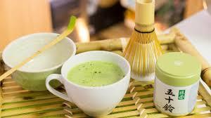 How to Make Traditional <b>Matcha</b> + Easy Way to Make <b>Matcha Green</b> ...