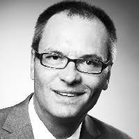 Hendrik Sackmann, 45, leitet seit Mitte Oktober den Bereich Corporate Communications Finance & Strategy, Human Resources & External Affairs bei Daimler. - Hendrik_Sackmann