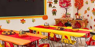Decorazioni Finestre Scuola Primaria : Addobbi du autunno per aule della scuola dellu infanzia e primaria