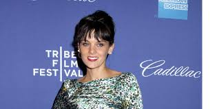 frankie shaw cast in new abc comedy mixology as series regular