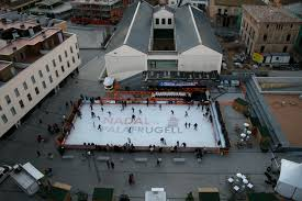 practice writework english typical mobile ice skating rink in open aire espaatildeplusmnol tatildeshypica pista de