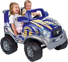 Рулим с малых лет. Как выбрать <b>детский электромобиль</b>?