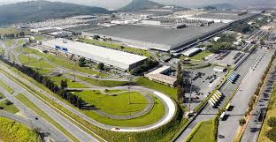 Resultado de imagem para A fábrica da FIAT instalada recentemente em Pernambuco, no município de Goiana,