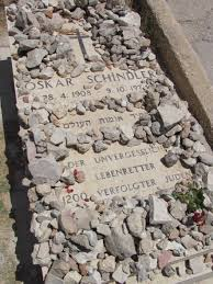schindler s list oskar schindler and amon goeth writework english close up of grave of oskar schindler in the mount zion franciscan cemetery