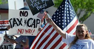 <b>Tea Party</b> Supporters: Who They Are and What They Believe - CBS ...