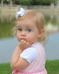 مجموعة صور اطفال جميلة جداا اصحاب العيون الملونة صور اطفال 2012 و2013  Images?q=tbn:ANd9GcR8rUikihFkFkv9bkADKACBTvmbDWl3PebroWTWtDSzsekU0t7O