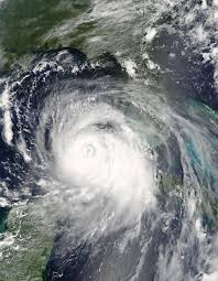 what are concentric eyewall cycles or eyewall replacement concentric eyewalls seen in hurricane katrina as it travels west through the gulf of