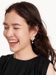 Premium Embellished <b>Shell Stud earrings</b> - Pomelo <b>Fashion</b>