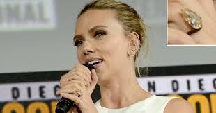 Scarlett Johansson Debuts Engagement Ring at Comic-Con ...