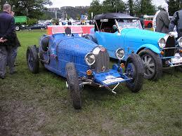 Of Bugattis Filebugattisjpg Wikimedia Commons