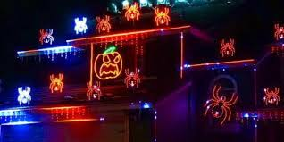 This dude's <b>extravagant</b> Halloween <b>Light</b> shows are everything! - Z93