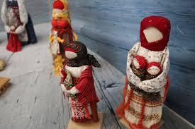 """Музей «Кижи» устроил выставку <b>кукол</b>-оберегов - """"Республика"""""""