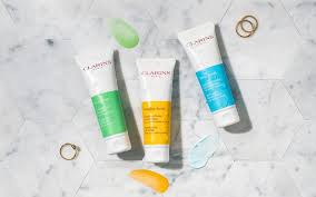 We Tested <b>Clarins</b> New Face <b>Scrub</b> On 3 Different Skin Types - And ...