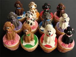 Ιδιαίτερα κέικ για τη σημερινή ημέρα...