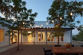 set up outdoor lighting backyard party lighting
