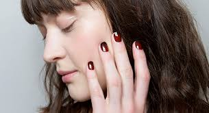 Что нужно знать о долговременных покрытиях для <b>ногтей</b> | BURO.