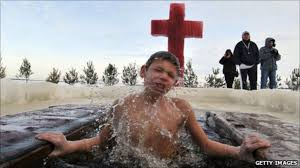 <b>Russia's</b> trend for dipping children in frozen rivers - BBC News