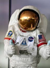 How to Make an <b>Astronaut Costume</b> for a <b>Child</b> - 7 steps | Astronaut ...