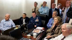 「2011年 - パキスタン郊外のアボッタバードにて米軍が銃撃戦を展開。国際テロ組織アルカイダの指導者ウサーマ・ビン・ラーディンが死亡。」の画像検索結果