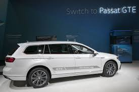 Erdogan's Party Shifts to <b>Passat</b> Cars in Boost <b>for Volkswagen</b> ...