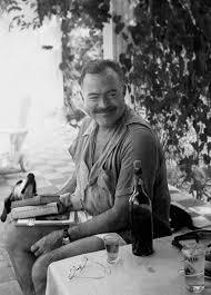 Znalezione obrazy dla zapytania Hemingway