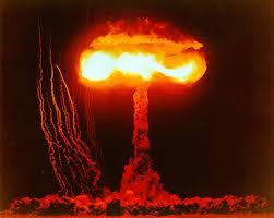 Resultado de imagem para bomba atomica