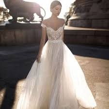 Bridal: лучшие изображения (38) | Groom attire, Ball gown и Bridal ...