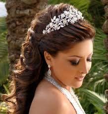 عروس 2013كارولينا هيريرا لموسم الخريف _شتاء2012 - 2013الفزعه يابنات السعودية