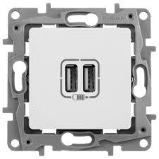 <b>Розетка</b> с <b>USB</b> Schneider ATLASDESIGN (ATN000230)