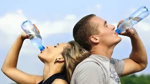 Resultado de imagem para no carnaval beba muita agua