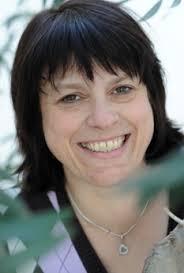 <b>Heike Reim</b> ist unsere Pfarramtssekretärin und kümmert sich um Ihre Anliegen. - MM_Reim_09