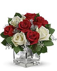 <b>Christmas Flowers</b> | <b>Christmas Flower</b> Arrangements | Teleflora
