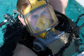 Полнолицевая <b>маска для дайвинга</b> - Full face diving mask - qwe.wiki