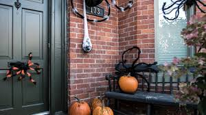 <b>Halloween</b> DIY: <b>Spider Decor</b> That Will Horrify Your Neighbours ...