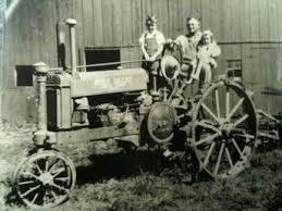 """Résultat de recherche d'images pour """"noir et blanc images tracteurs retro"""""""