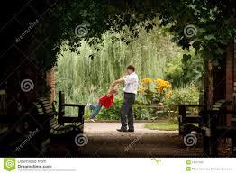 Resultado de imagem para jardim do pai