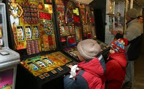 Картинки по запросу игровые автоматы на деньги