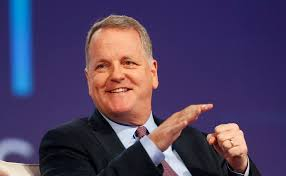 Why American Airlines CEO Doug Parker wants to be paid less than ...