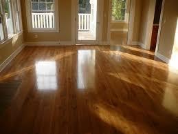 sàn gỗ căm xe là dòng sàn gỗ tự nhiên bán rất chạy