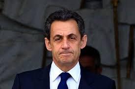 Par Christophe Giltay dans Divers , le 28 novembre 2012 00h31 | 2 commentaires. Nicolas Sarkozy s'est engagé pour essayer de résoudre la crise qui secoue ... - sarko-soucieux