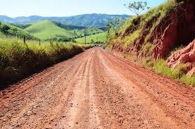 Resultado de imagem para estrada rural