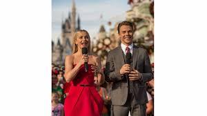 Watch 'The Wonderful World of Disney: Magical Holiday Celebration ...
